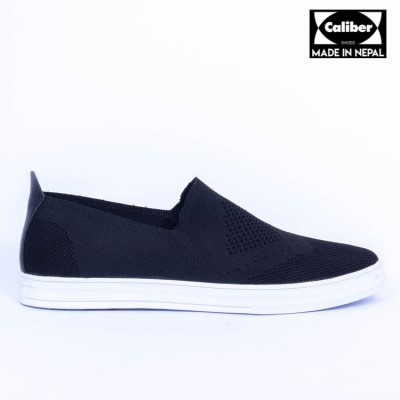 Caliber Shoes Black Casual Slip On Shoes For Men