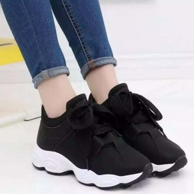 New Lace Up Sports Shoes For Women